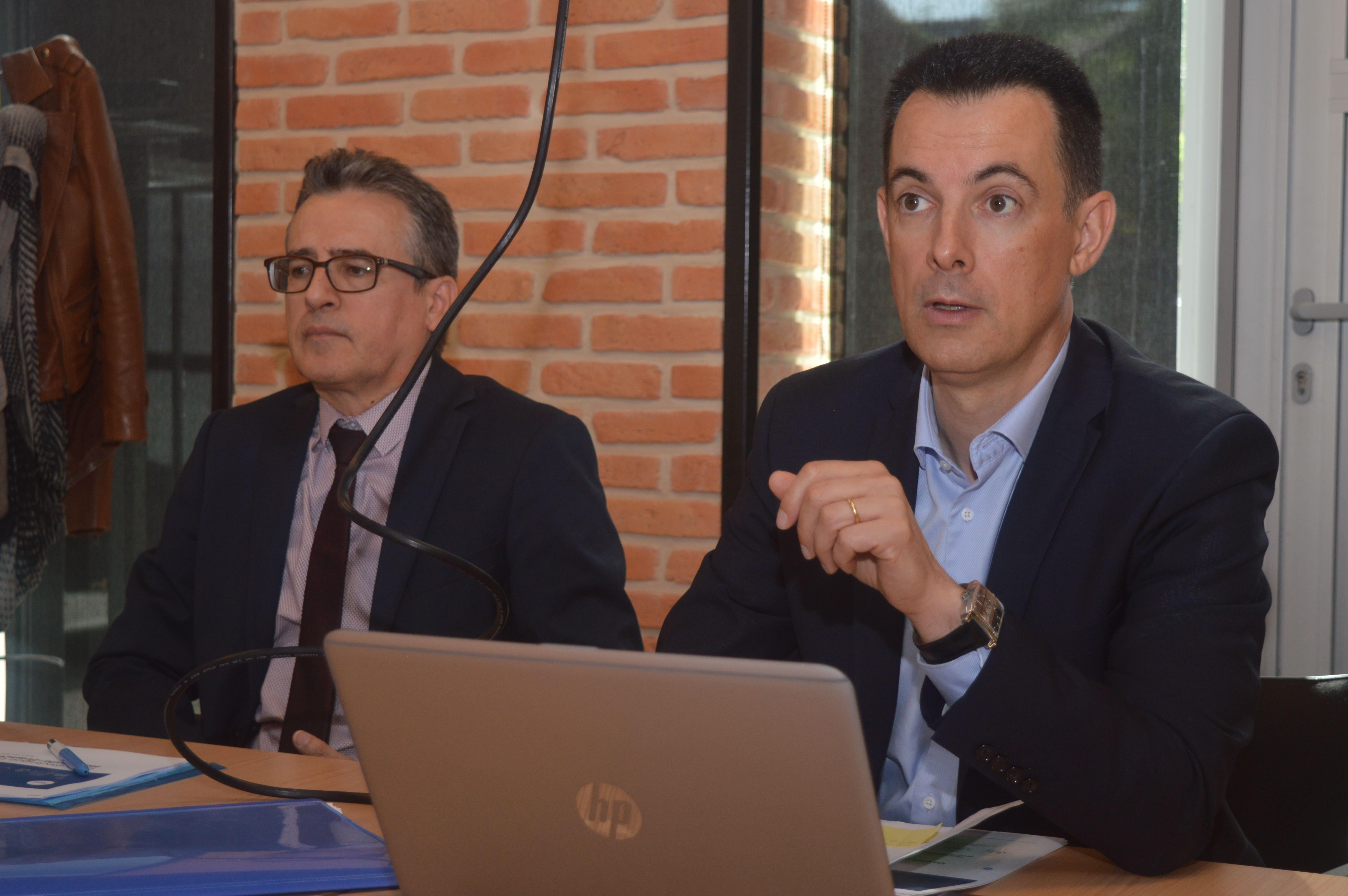 Le délégué régional Laurent Cantat-Lampin (à droite).