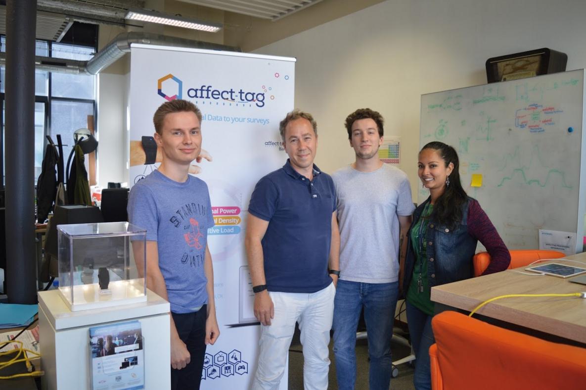 Olivier Janin (au centre) et trois de ses collaborateurs.