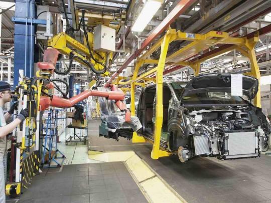 L'industrie automobile s'est mise en sommeil. Ici l'usine Toyota d'Onnaing