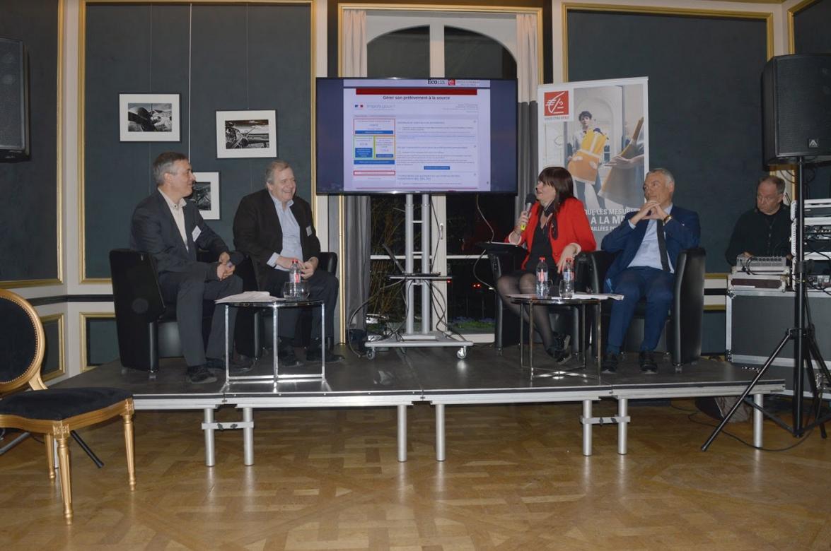 De d. à g. : Les échanges ont réuni Jean-Luc Reynaert, directeur de la Banque Privée et du Dirigeant de la Caisse d'Epargne Hauts de France, Elise Grimonpont, inspectrice à la direction régionale des Finances Publiques et Peter Van Vliet, dirigeant d